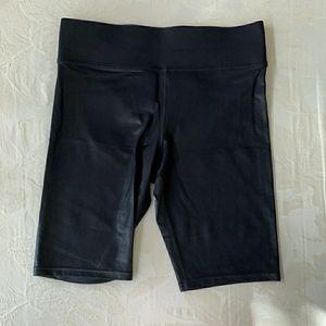 Carbon 38 Takara shine biker shorts
